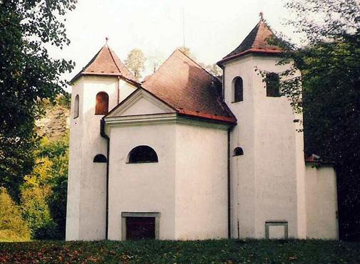 Kostel Podskala
